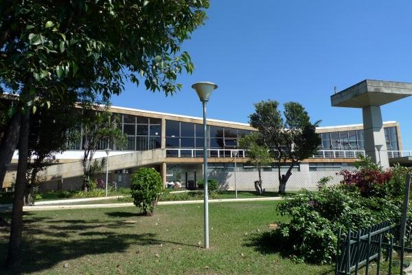 3-fachada-principal-do-iateCFAE56CB-55A9-C2DA-331E-A09ADEA08787.jpg