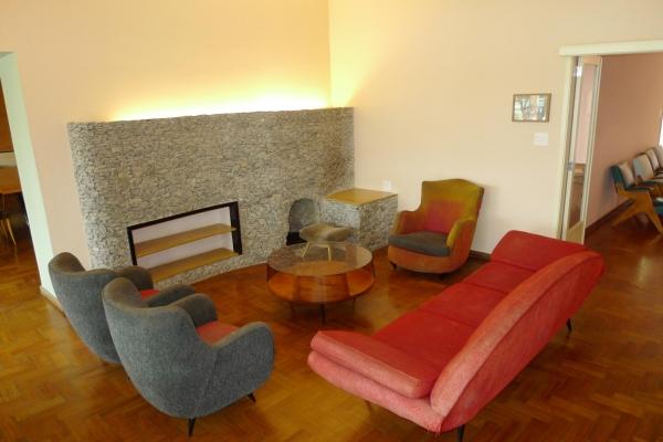 sala-de-estar-com-lareiraC0313193-987B-59F2-9FA7-939733F08760.jpg